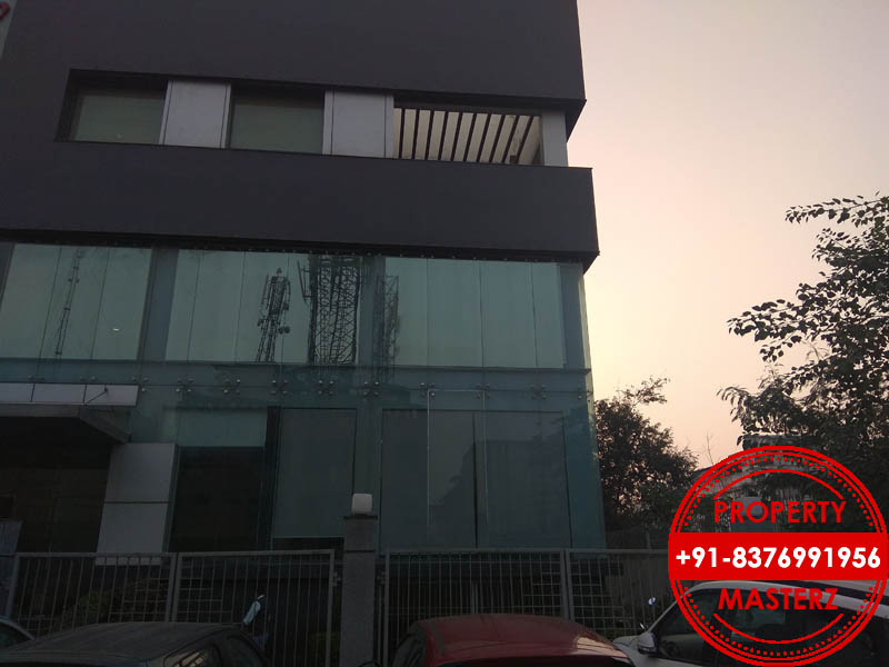 Mohan Estate (1)