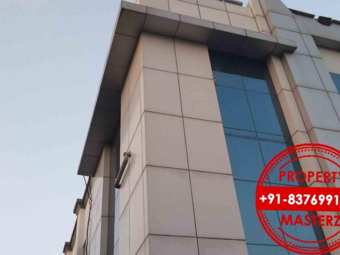 9000 sq ft Mohan estate  Furnished